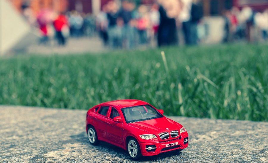 Comment choisir sa voiture miniature __